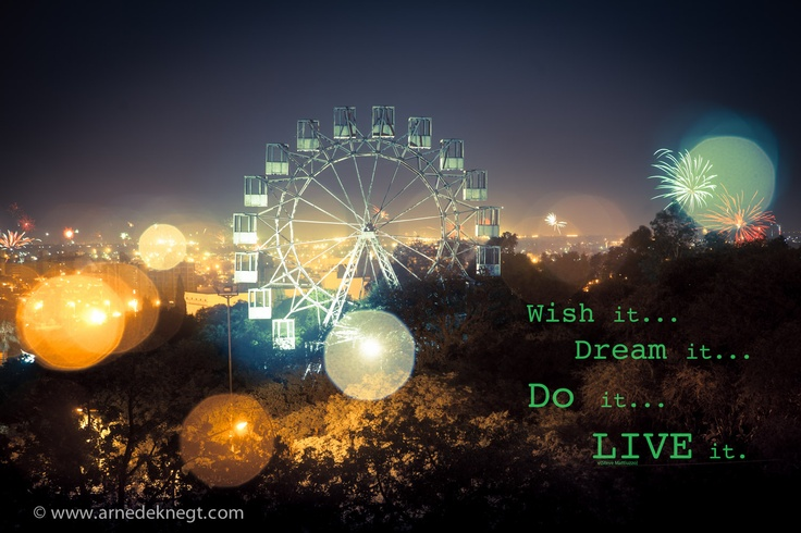 Happy 2013 to all of you;     Wish it...  Dream it...  Do it...  LIVE it.    (c) Arne de Knegt Photography 2013