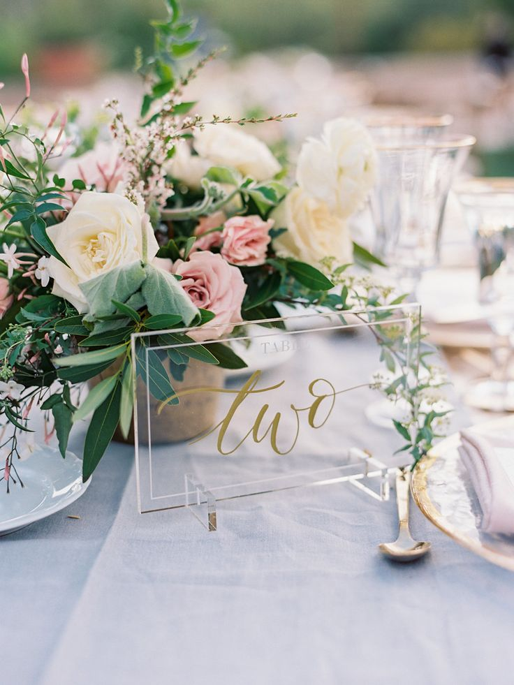 Read More: https://www.stylemepretty.com/2018/01/24/romantic-alfresco-celebration-at-the-four-seasons/