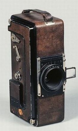 Early 35mm Cameras wow a step back in time