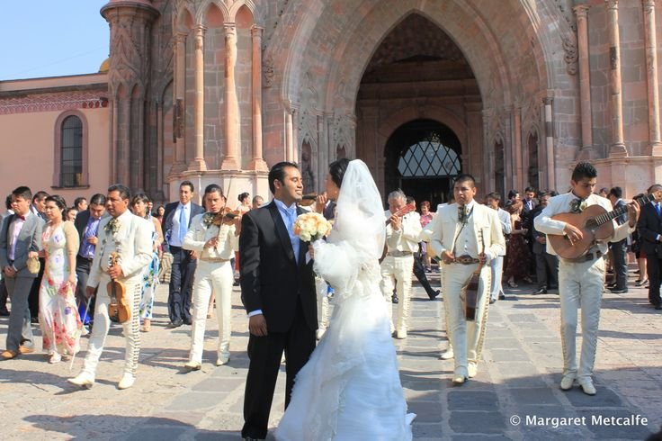 San Miguel de Allende is Mexico's most romantic city for a reason - imagine what your fairy tale wedding could look like...