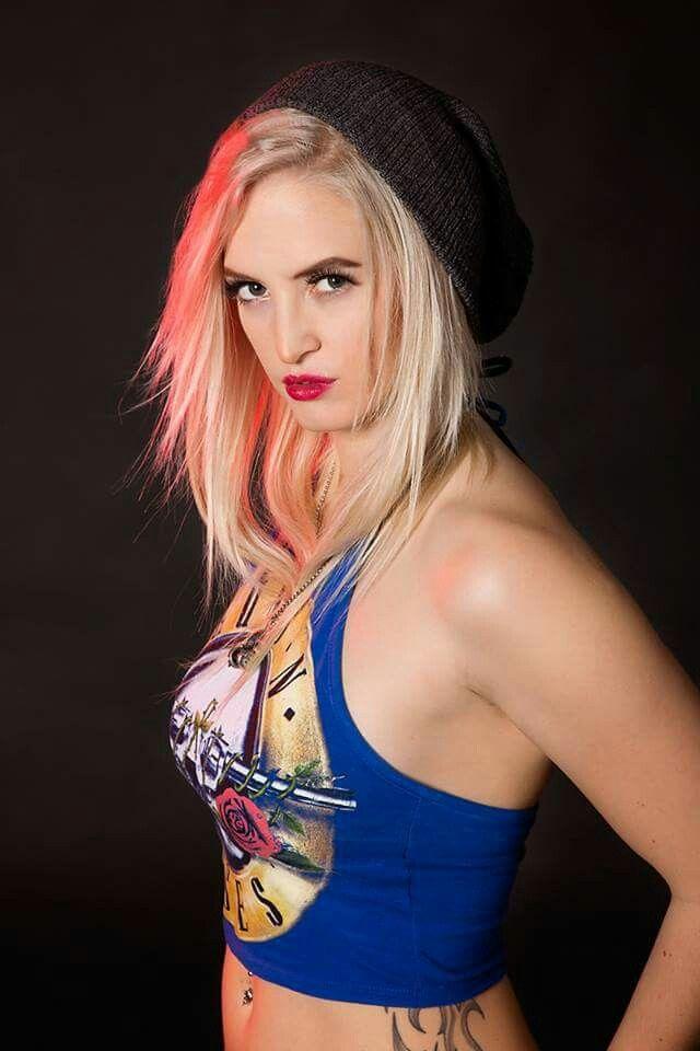 Gwen stefani look a like. Photoshoot. Model: Elisabeth  Photo: Eskil klausen Mua: Frida v Nyxen - Nyxen image.