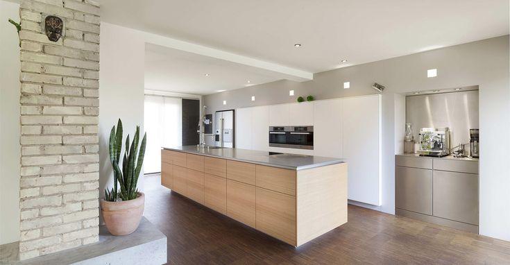 die besten 25 k che mannheim ideen auf pinterest mannheim essen wei e deckenleuchten und. Black Bedroom Furniture Sets. Home Design Ideas