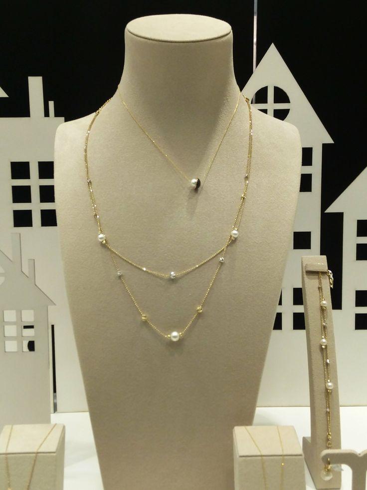Μοντέρνα κοσμήματα με μαργαριτάρια  Τσαλδάρης στο Χαλάνδρι #jewels #pearls #fashion