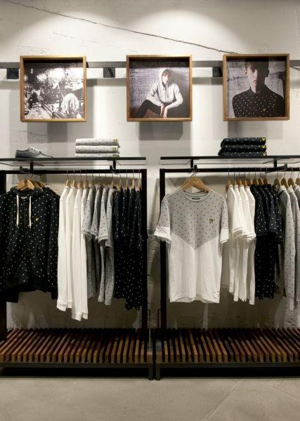 In Carnaby London, Scottish knitwear brand Lyle&Scott open a store designed by London based agency Brinkworth.