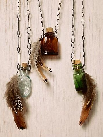 feather jewelry | Tumblr