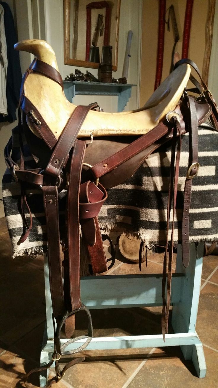 1830's ish saddle made by Thomas Ballstaedt. Tree aquired from Oliver McCloskey, stirrups made by Hyrum Hunter,