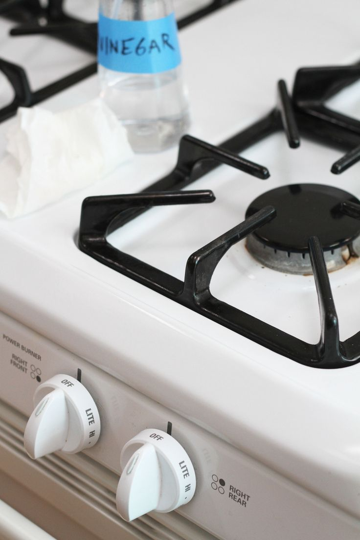 how to thoroghly clean a stove top