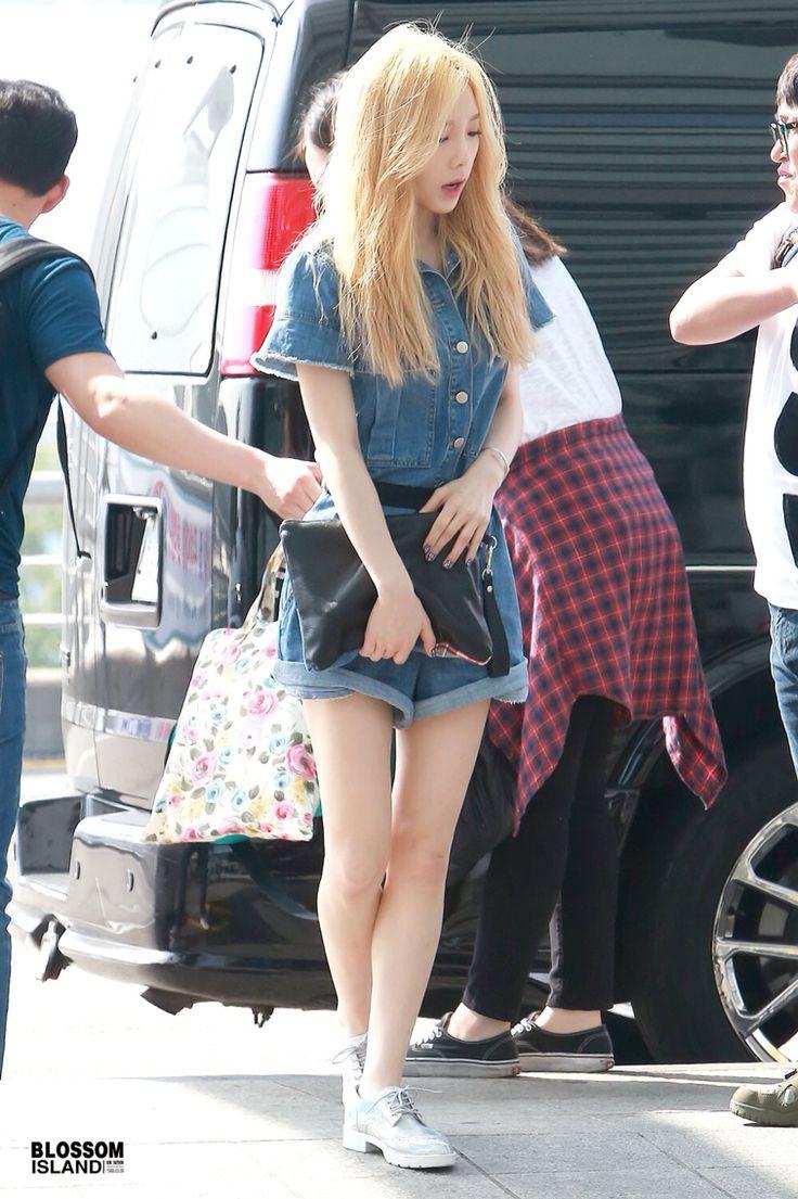 Snsd Taeyeon Airport Fashion Style Girls Generation Fashion Pinterest Posts Airport