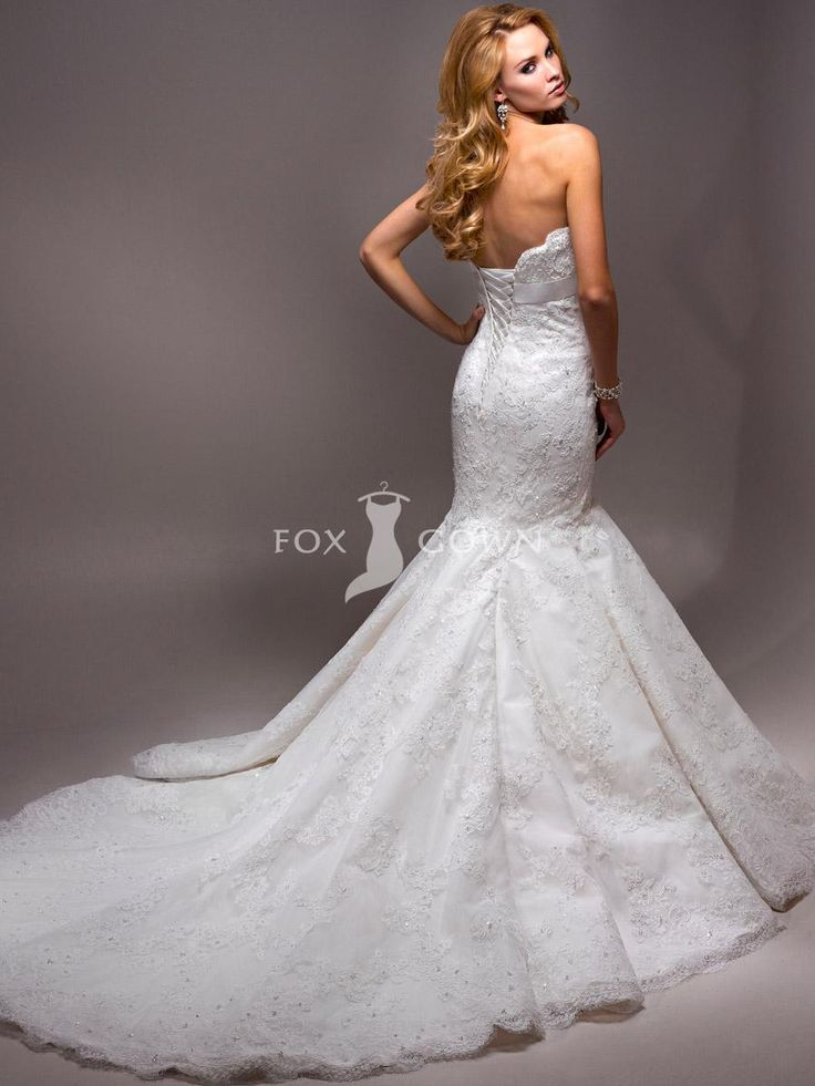 1000  images about Wedding dresses on Pinterest | Stella york ...