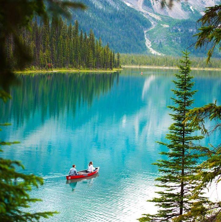 Banff Alberta Canada |  Chelsea Say Yes To Adventure