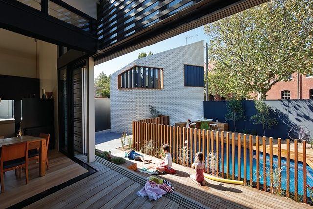 Timber Pool Fence Little Brick Studio | ArchitectureAU