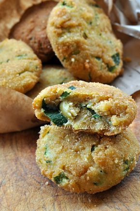 Frittelle di zucchine e ricotta con olive vickyart arte in cucina