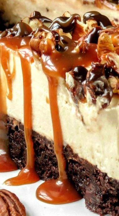 No-Bake Brownie Bottom Turtle Cheesecake