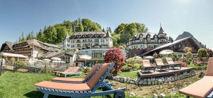 Superior Wellnesshotel in Salzburg, Österreich. Das exklusive 4 Sterne Golfhotel in Fuschl am See, Salzkammergut bietet einen Badestrand am Fuschlsee, Wellness & Beauty Spa, 9-Loch Golfplatz und Haubenrestaurant. Angebote für Wellnessurlaub, Golfurlaub und Familien verfügbar.