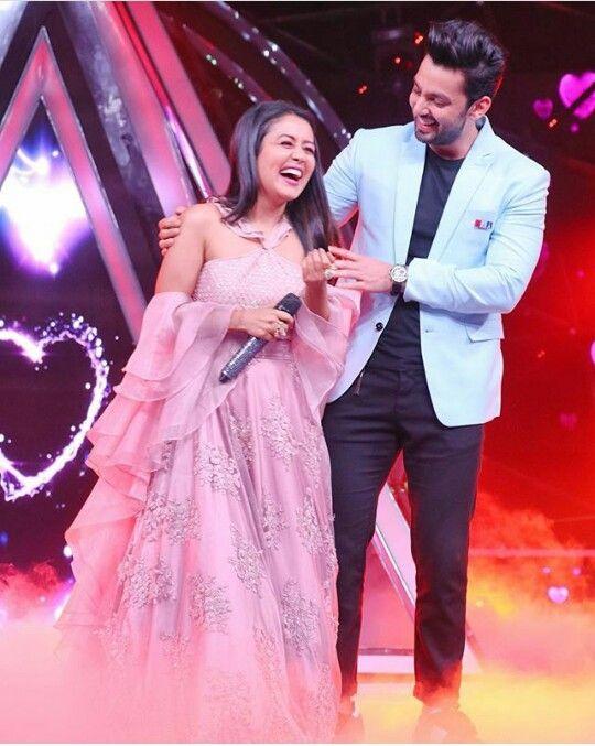 Shavia Neha Kakkar Dresses Star Girl