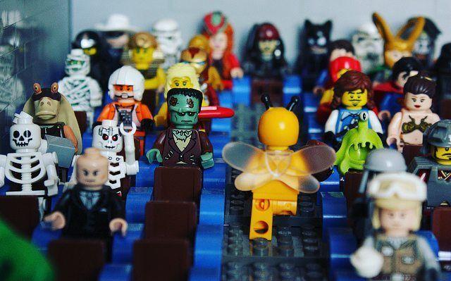 The Sundance Festival starts today!  #WeLoveWhatYouBuild #wlwyb #lego #legostagram #toys #toyslagram #toystagram #design #legoshop  #lego365  #legomania  #instalike  #art  #lego_hub  #legogram  #legofan  #instatoys  #toycommunity  #bricks  #satisfying  #brickcentral  #entertainment  #movies  #fandom  #premiere  #america  #sets  #favorite  #sundancefestival  #festival