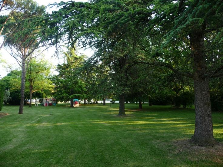 the park area of Relais Villa Fiorita in Monastier di Treviso, italy - www.villafiorita.it