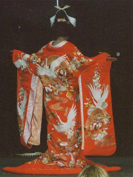 Traditional Wedding Kimono   uchikake silk brocade kimono for brides