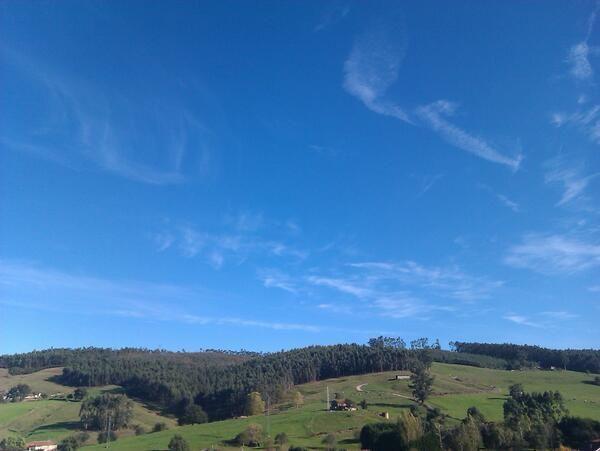Desde la ventana... (Piélagos, Cantabria) #inspiracionJyN