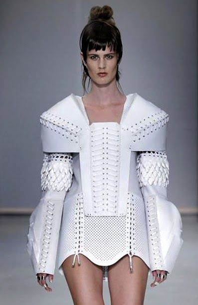 Bold Constructions - structured dress with sculptural shoulders  exaggerated silhouette; 3D fashion // Anne Sofie Madsen