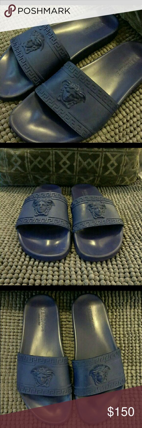 🔥sale🔥Versace slides Used only a few times. In great condition Versace Shoes