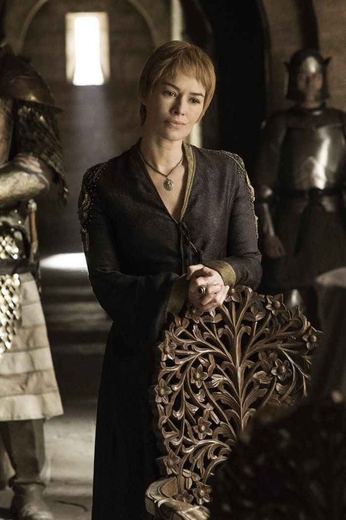 Cersei is alone, no help, only Mountain and Maester Qyburn (Anton Lesser) Game of Thrones Season 6