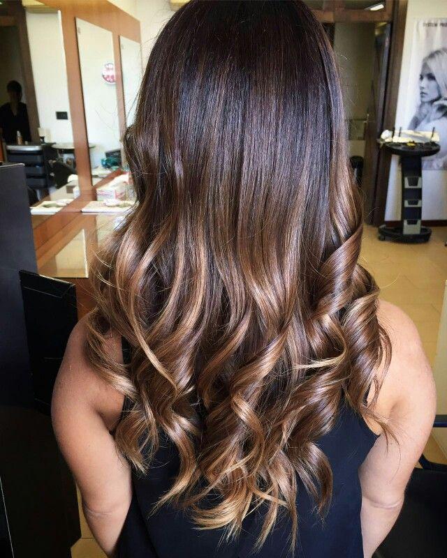 #degradèjoelle #sassari #operaparrucchieri #capellibelli #capellilunghi #hair #viaroma3 #sfumature #perfettopertutti #naturalezza #elegante #fashion #capellisani #modellabella #sardegna #gradazioni #glamour #capelli