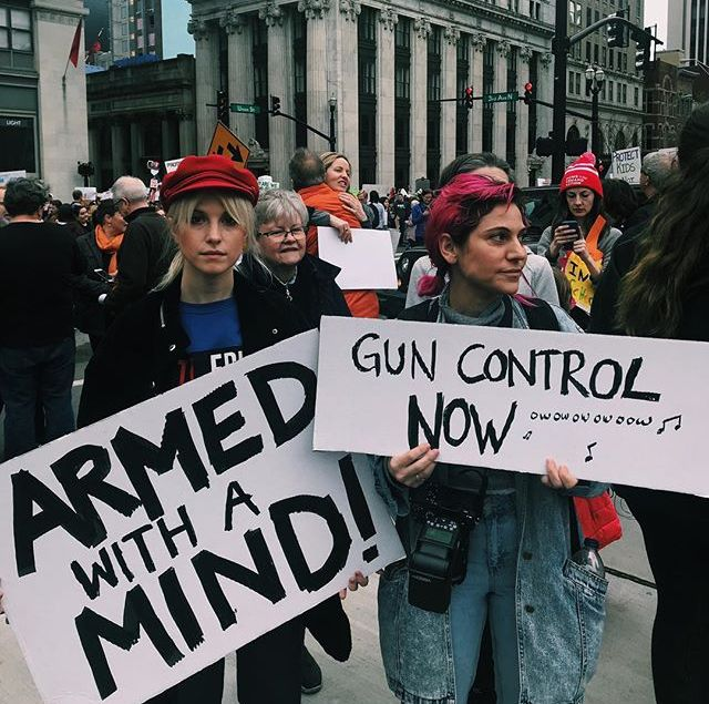 Hayley And Lindsey During Marchforourlives In Nashville Tn Hayley Williams Paramore March For Our Lives