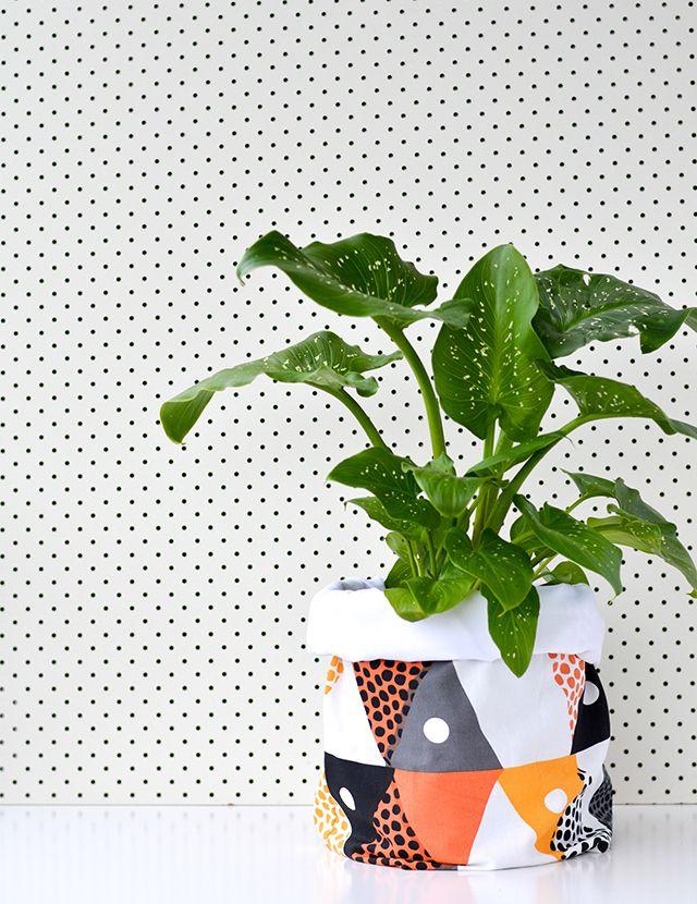 diy fabric planter bag from Craft Hunter