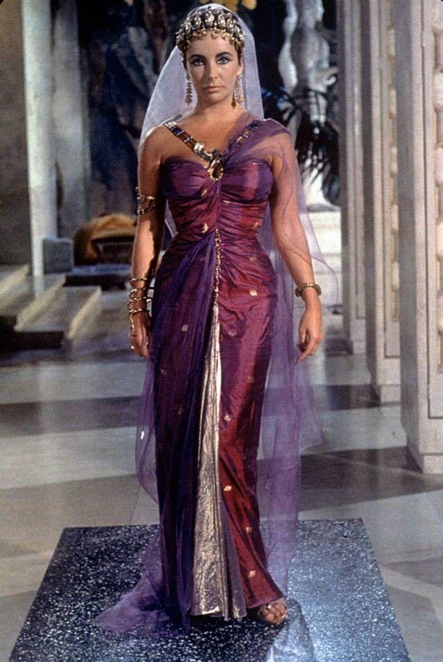 Cleopatra / pinewood