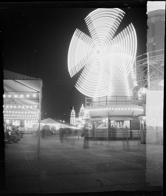 Luna Park, Sydney, lighted windmill, 1948 / photographed by Brian Bird by State Library of New South Wales collection, via Flickr