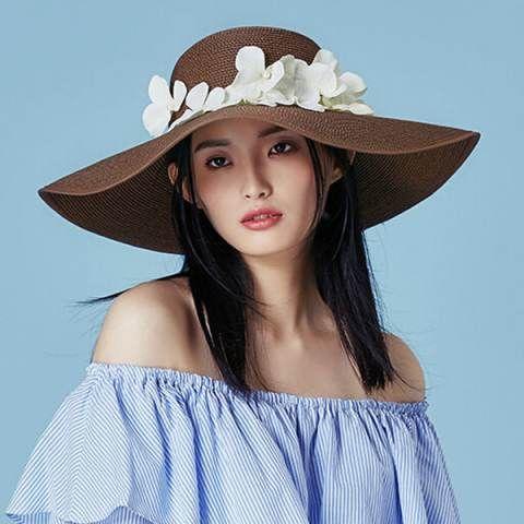 Summer wide brim straw hat with flower UV protection floppy ladies sun hats