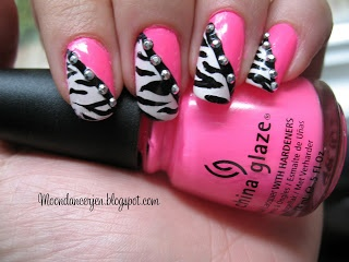 Hot Pink, Black and White Zebra Stripe Nails