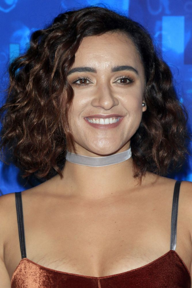 Keisha Castle-Hughes is in talks to join Discovery Channel's upcoming crime drama Manifesto. What do you think? Would you watch?