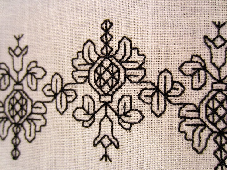 Catherine of Aragon Blackwork. Pattern is here: http://blackworkarchives.com/bw_pome.html