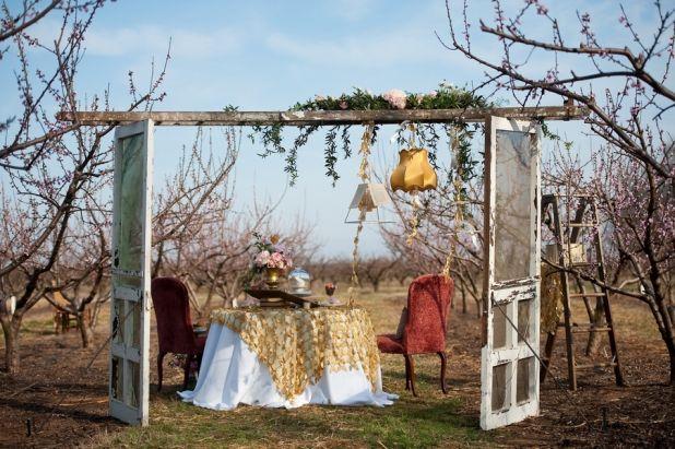 ilovefarmweddings.com Georgia peach wedding