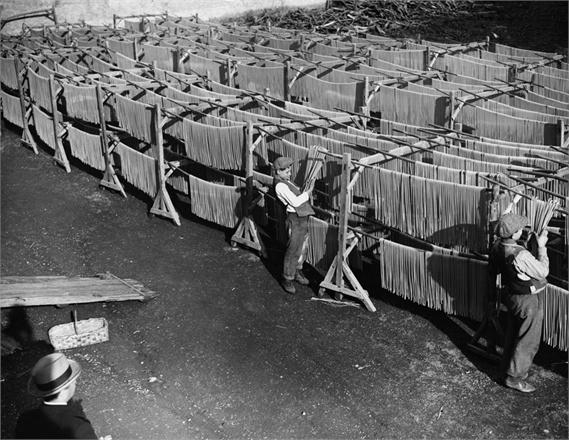 Napoli -- Men Drying Fresh Pasta, ca. 1950s