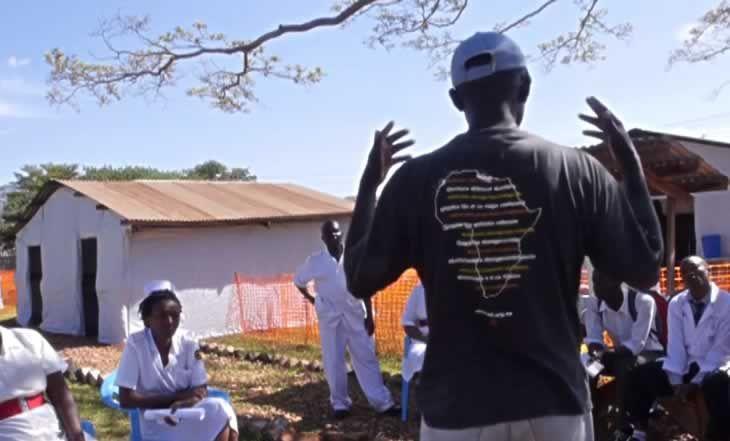 Ebola : 4 950 morts en Guinée, au Liberia et en Sierra Leone selon l'OMS - 08/11/2014 - http://www.camerpost.com/ebola-4-950-morts-en-guinee-au-liberia-et-en-sierra-leone-selon-loms-08112014/?utm_source=PN&utm_medium=CAMER+POST&utm_campaign=SNAP%2Bfrom%2BCamer+Post