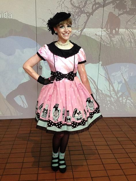 Curious Wendy | The Travelling Lolita | London: Happy Easter!