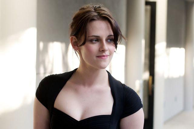 Kristen Stewart Biography, Height, Weight, Wiki, Movie List