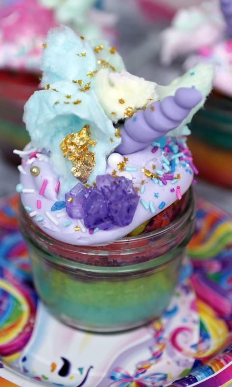 These Unicorn Cupcakes Are Like Eating a Jar of Happiness | Lisa Frank Unicorn Cupcakes