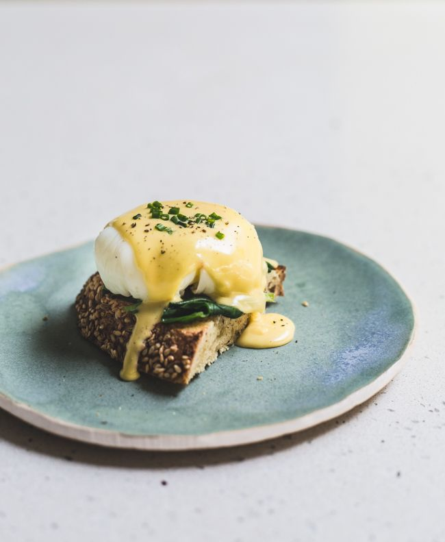perfect hollandaise http://www.jamieoliver.com/news-and-features/features/step-by-step-perfect-hollandaise-sauce/