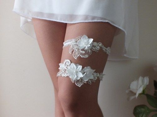 Wedding Garter This Beautiful Includes A Gorgeous Lace On The Main If You Specify Custom Size When Purchasing Is Sent
