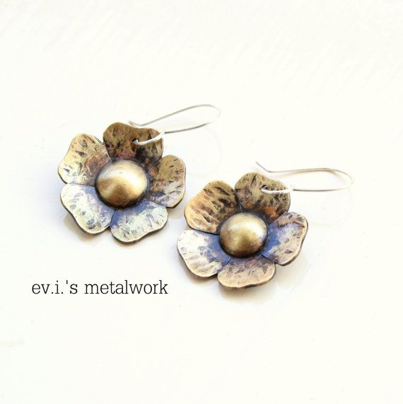 Tiny Flower Daisy Textured Drop Earrings Brass by evismetalwork, €23.00