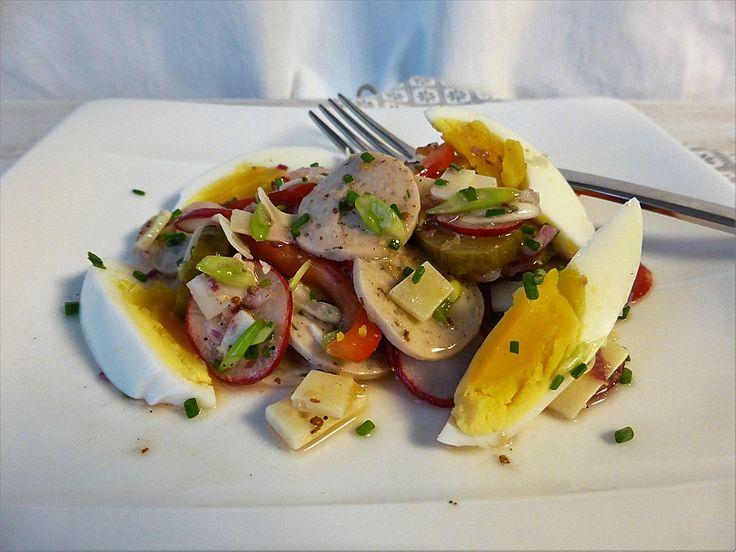 Münchner Weißwurstsalat, ein schmackhaftes Rezept aus der Kategorie Eier & Käse. Bewertungen: 11. Durchschnitt: Ø 4,2.