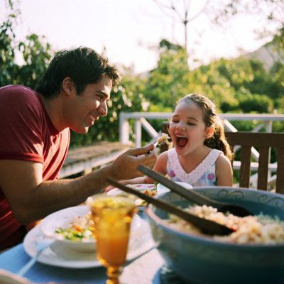 8 Reasons to Make Time for Family Dinner.  If you're finding it difficult to get together with your family at the dinner table, here's a little inspiration.     You can still keep Family time together in a better way. #Family restaurants are always a great way to get the whole family together to enjoy an hour or two spent laughing, talking and just being a family.  Spur Steak ranches is a great restaurant to enjoy all these family moments as well as good tasting food.