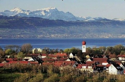 Ferienwohnung in Kressbronn am Bodensee. Holiday flat in Kressbronn, Lake Constance.
