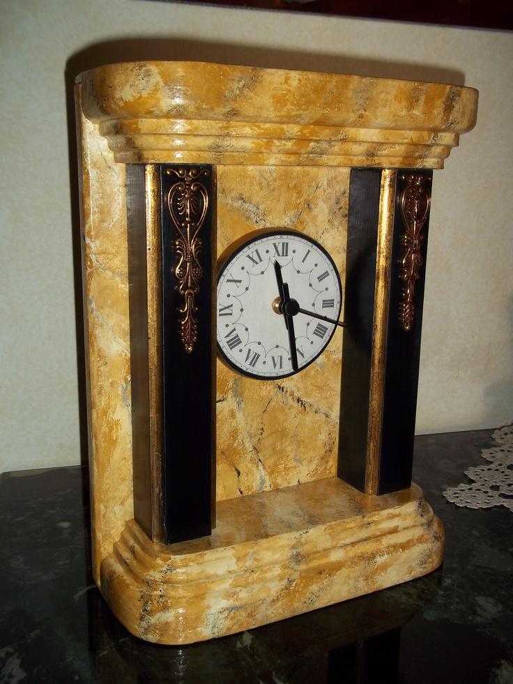 Orologio costruito da me e decorato in finto marmo Giallo Siena