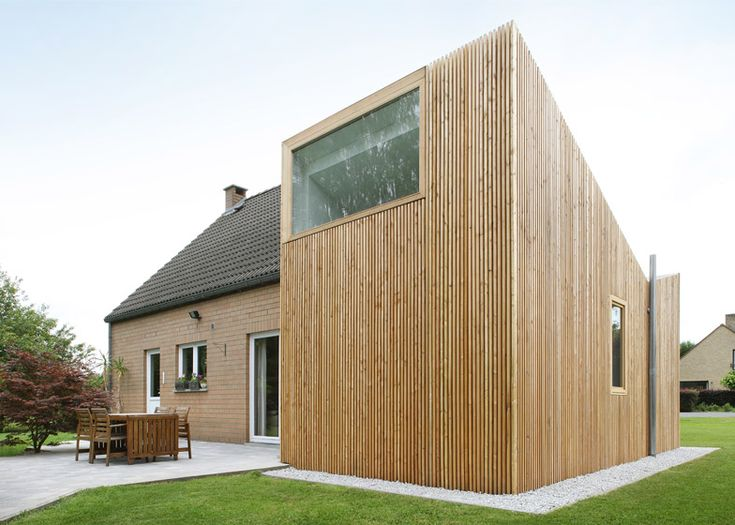 Attractive ADN Architectures Adds V Shaped Extension To Brussels Bungalow