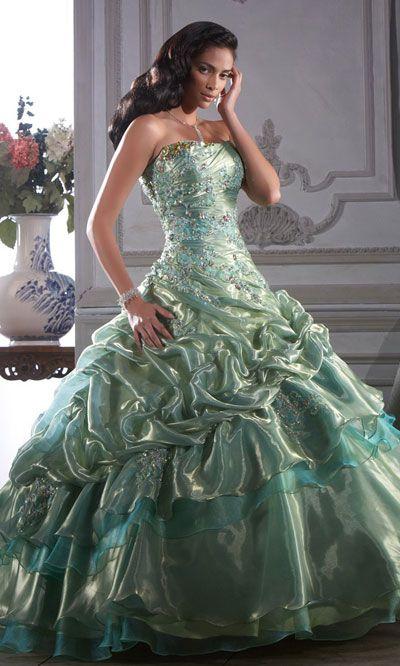 Especial Vestidos de 15 anos - Sonho e glamour para sua noite de estrela